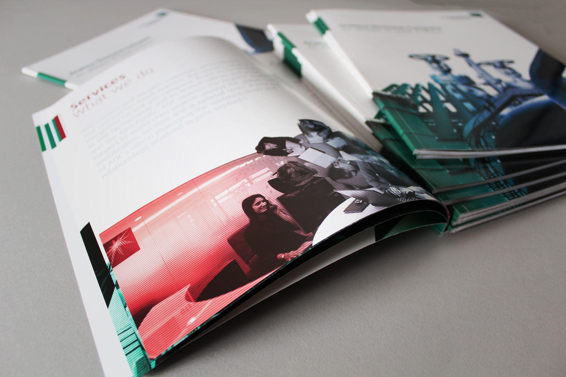 The final 48 page publication blends a cohesive corporate communication with a striking supporting image suite.