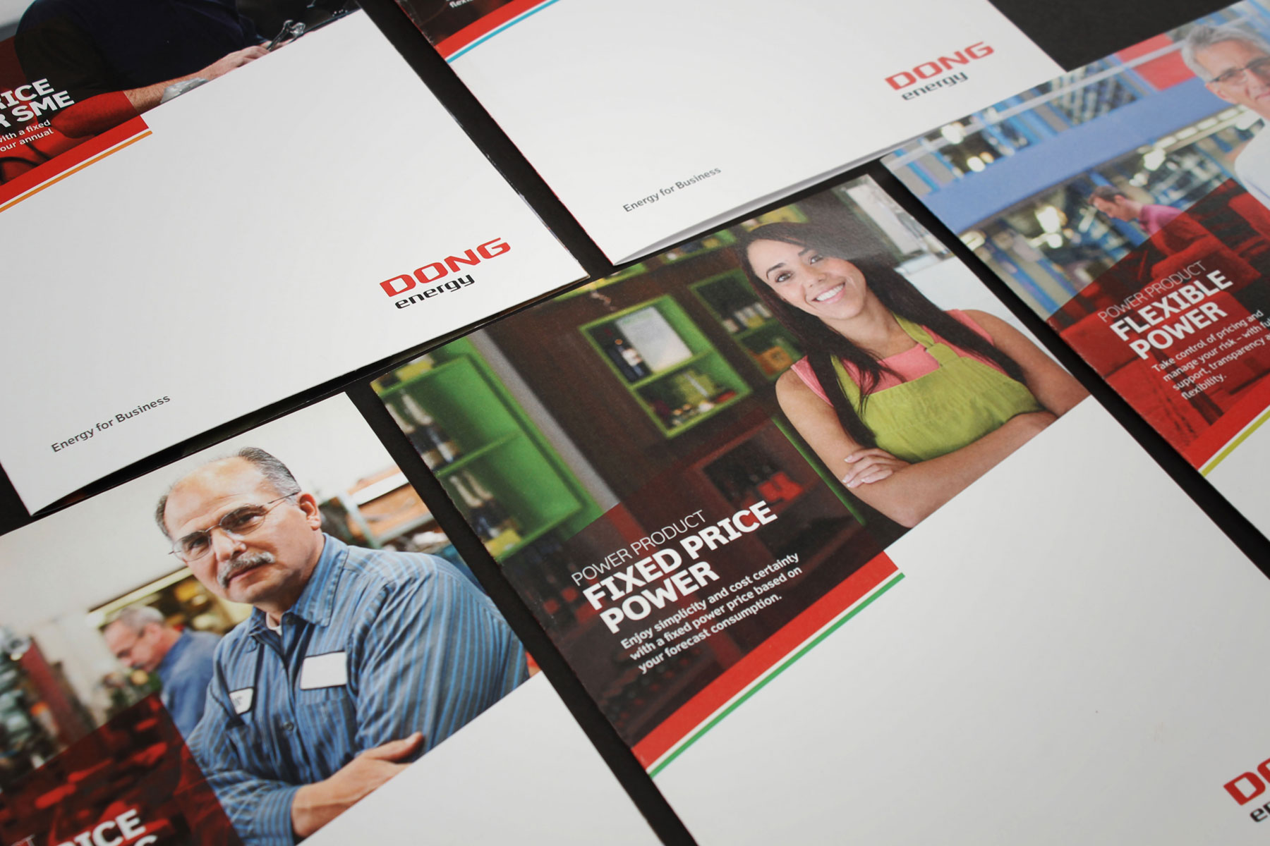 A number of printed materials were produced for the sales team. The look and feel aligns seamlessly with the new website. Strong use of white space enhances the graphic devices and gives DONG Energy for Business a clean, contemporary look and feel.